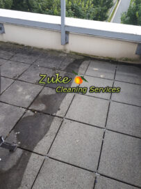 cleaning patio pavers in vancouver with pressure washer and surface cleaner