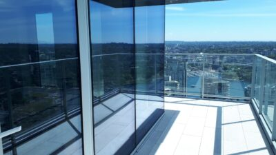 window cleaning near vancouver house howe